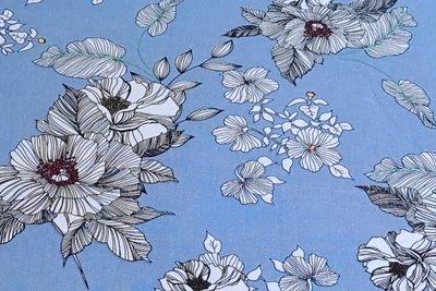 Linnen Viscose Flowers Light Blue
